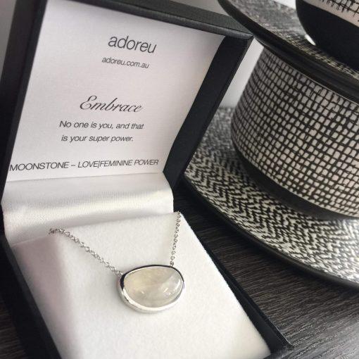 adoreu necklace moonstone